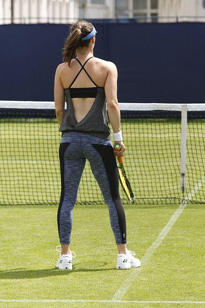 Cómo llevar leggins - leggins tenis