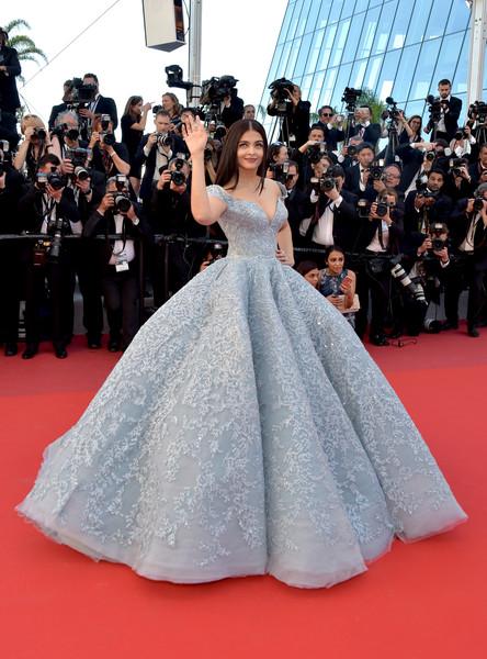 Inspírate para los looks de vestidos de fiesta con Aishwarya Rai Bachchan - vestido fiesta corte princesa