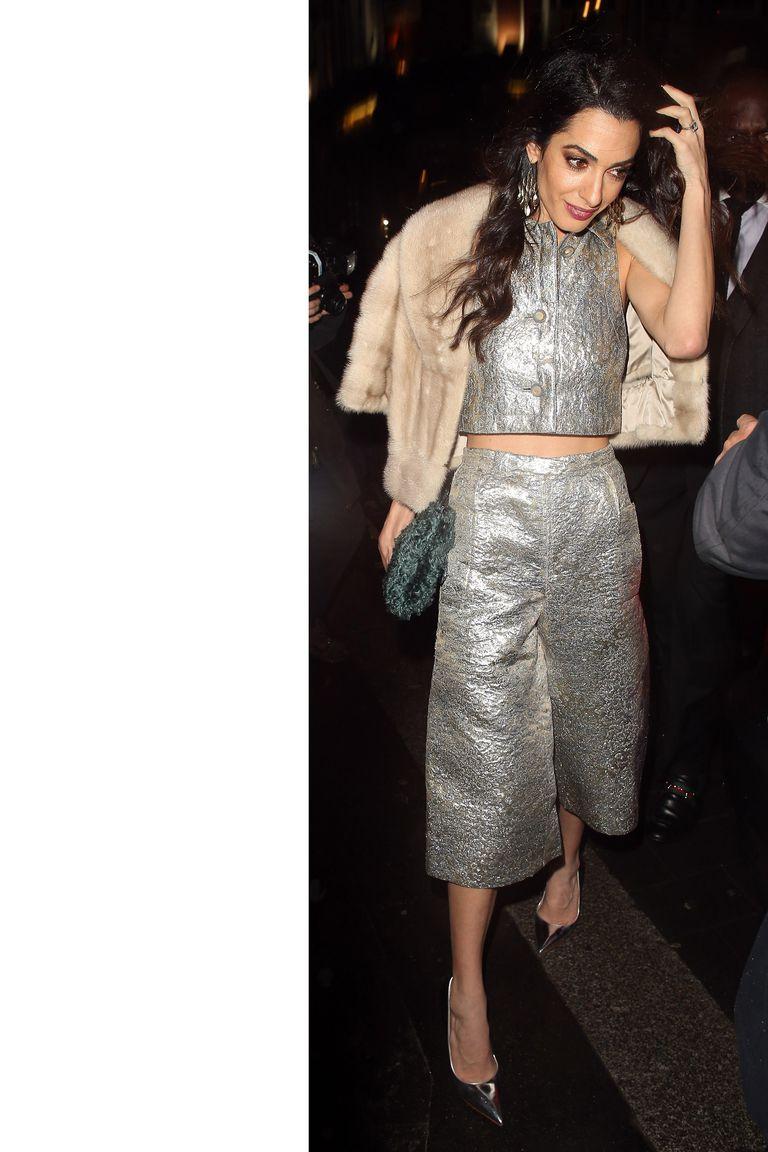 Copia los mejores estilismos de Amal Clooney - conjunto pantalon cropped