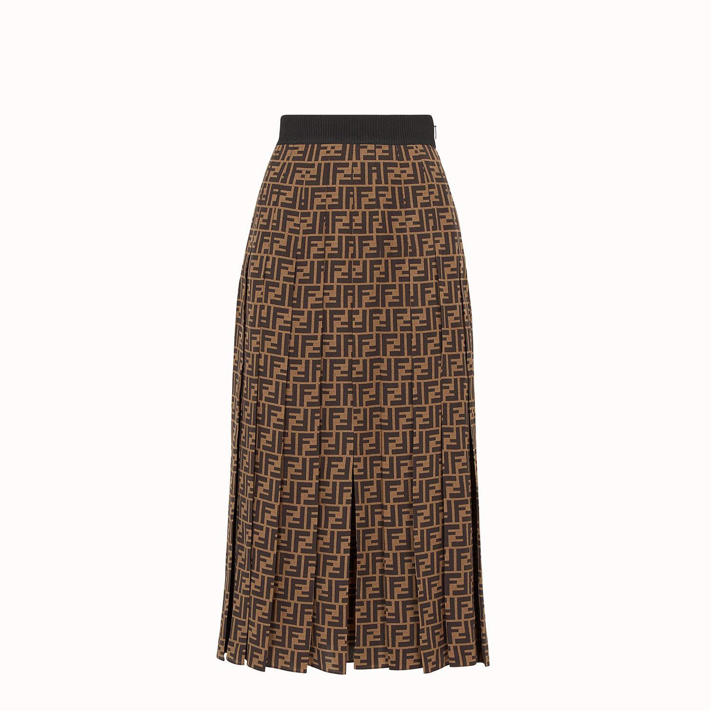 Descubre las faldas de Fendi de las que todas las famosas hablan