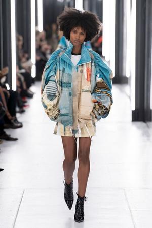 Primavera-verano 2019 Louis Vuitton - vestidos multicolores