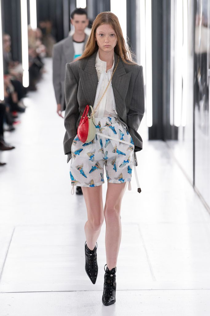 Primavera-verano 2019 Louis Vuitton - faldas estampadas