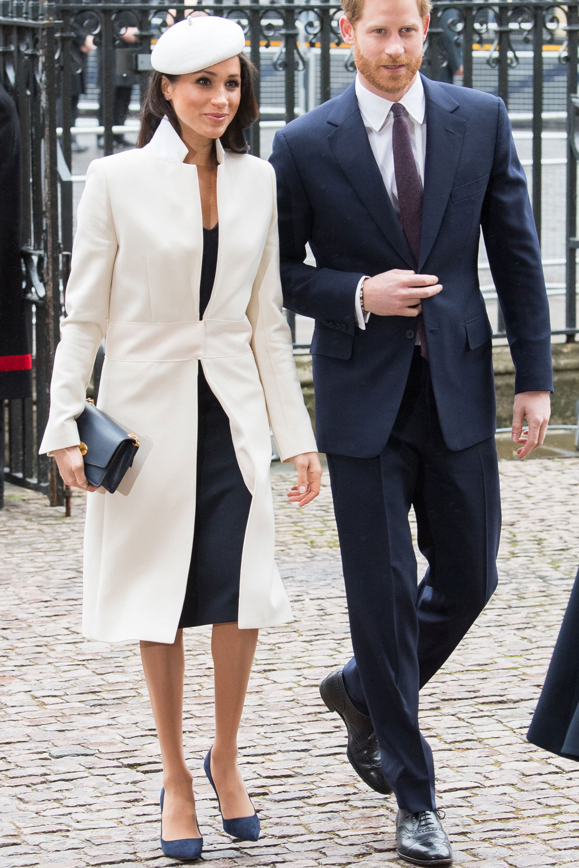 Looks Meghan Markle 2018 que todas queremos imitar - abrigo blanco